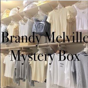 ☆ ★ brandy melville mystery box ★ ☆